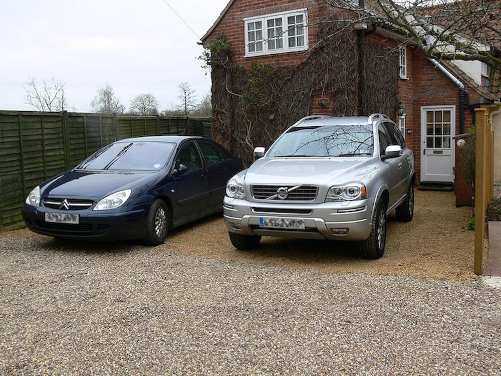2_Cars